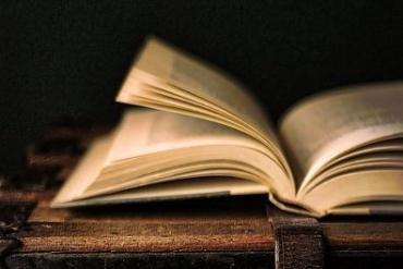 Kādu grāmatu Tu pašlaik lasi?